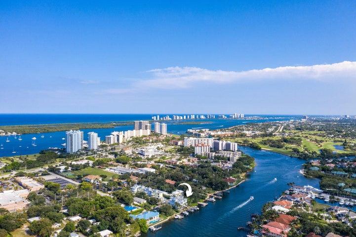 1051 Harbor Villas Drive, North Palm Beach, FL 33408