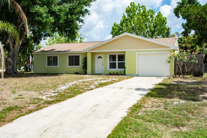 391 SW Homeland Road, Port Saint Lucie, FL 34953