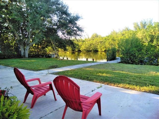 928 Jackson Way, Hutchinson Island, FL 34949