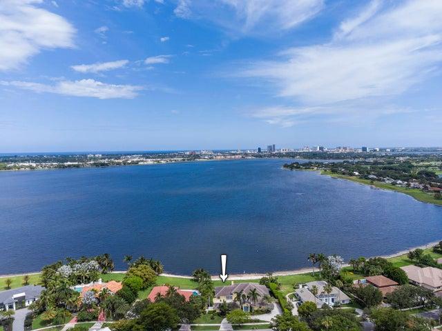 3410 Embassy Drive, West Palm Beach, FL 33401