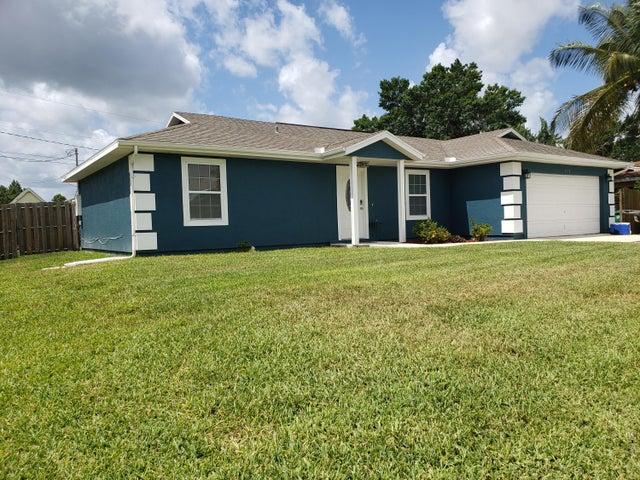 2138 SW Janette Avenue, Port Saint Lucie, FL 34953