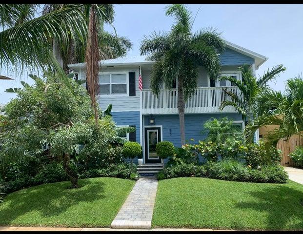 823 Claremore Drive, West Palm Beach, FL