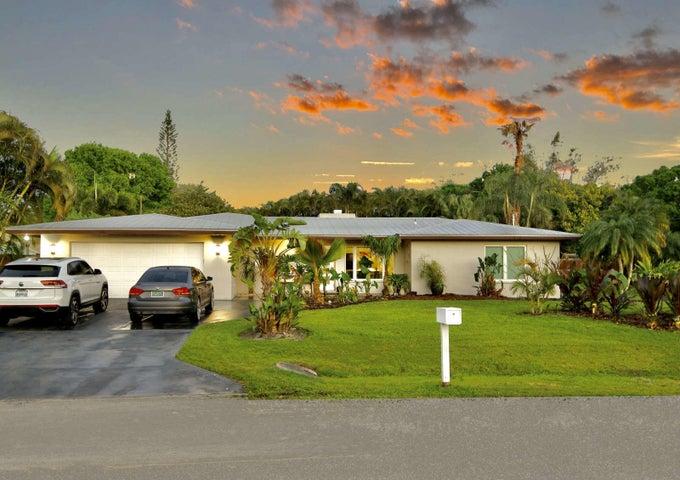 2497 NW South Manor Avenue, Stuart, FL 34994