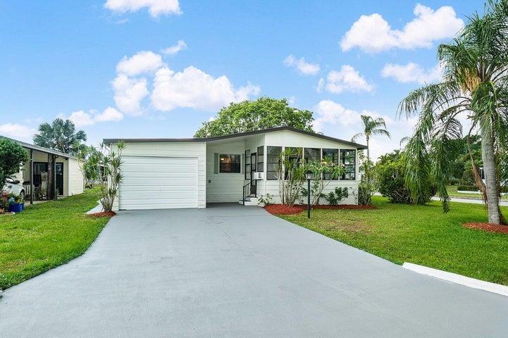 2622 SW Pontiac Place, Stuart, FL 34997