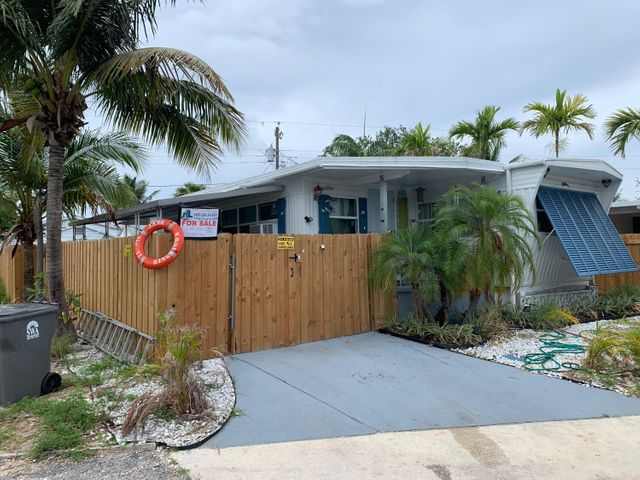 2941 E Plumosa Lane E, West Palm Beach, FL 33403