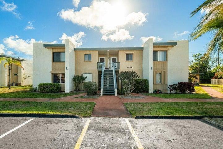1258 NE 14th Court, 9, Jensen Beach, FL 34957