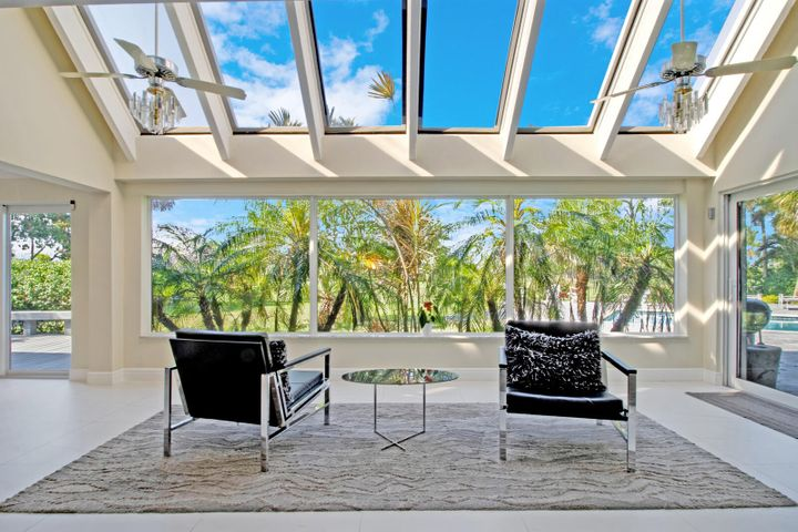 2601 NE 37th Drive, Fort Lauderdale, FL 33308