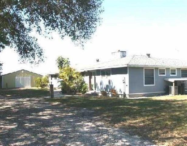 4375 Seminole Road, Fort Pierce, FL 34951
