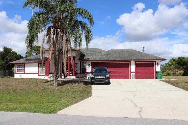 2085 SW Hampshire Lane, Port Saint Lucie, FL 34953