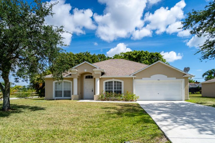 901 SE Atlantus Avenue, Port Saint Lucie, FL 34983