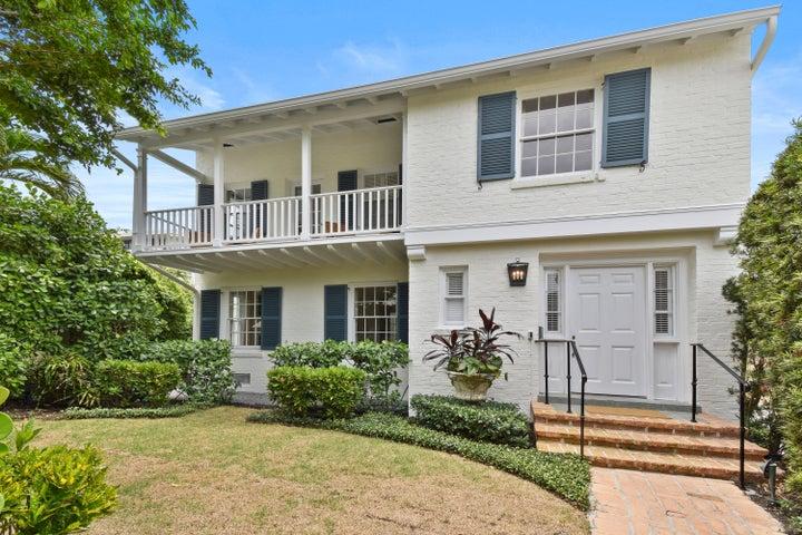 124 Australian Avenue, Palm Beach, FL 33480