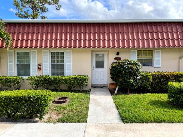 671 Laconia Circle, Lake Worth, FL 33467