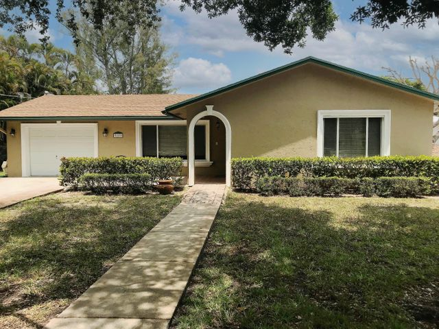 5389 Canal Drive, Lake Worth, FL 33463