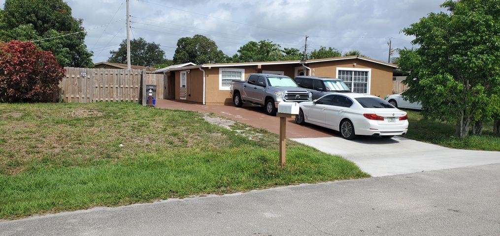 865 S Balfrey Drive, West Palm Beach, FL 33413