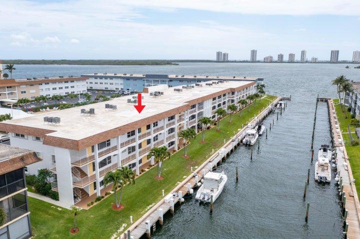 110 Shore Court, 114, North Palm Beach, FL 33408