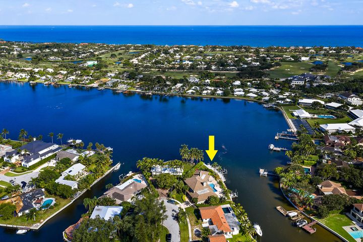 Enjoy Ocean breezes and secured boating area