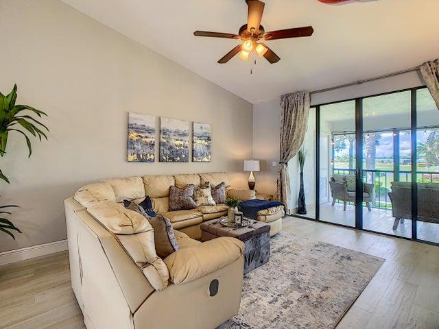7581 Glendevon 1407 Lane, 1407, Delray Beach, FL 33446