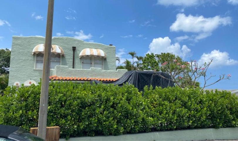 835 30th Court, West Palm Beach, FL 33407