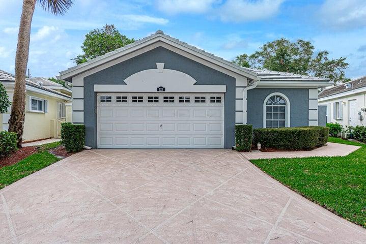 123 Harbor Lake Circle, Greenacres, FL 33413