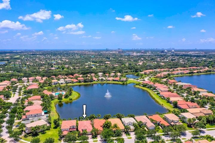 12444 Aviles Circle, Palm Beach Gardens, FL 33418