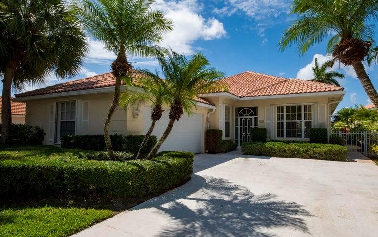111 Lost Bridge Drive, Palm Beach Gardens, FL 33410