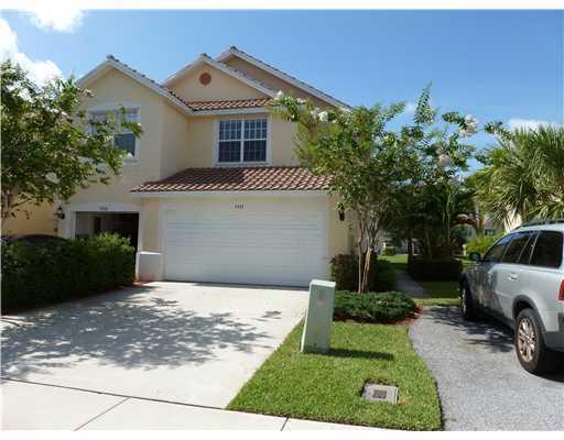 1111 Pinewood Lake Court, Greenacres, FL 33415