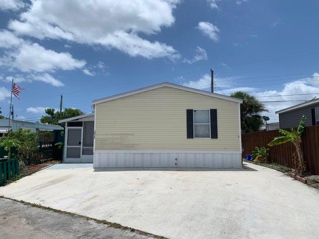 2916 Plumosa Lane, West Palm Beach, FL 33403