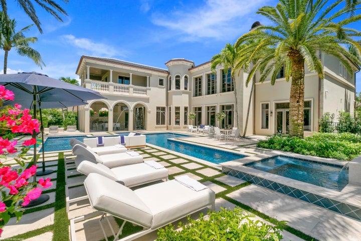 11715 Tulipa Court, Palm Beach Gardens, FL 33418