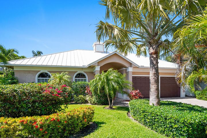 218 Sandal Lane, Palm Beach Shores, FL 33404