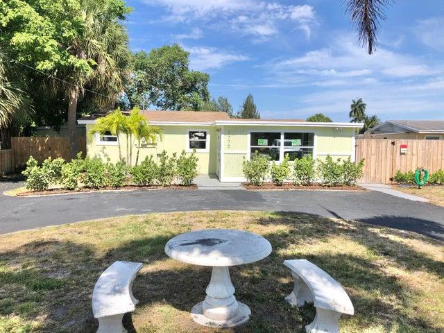3770 Davis Road, Palm Springs, FL 33461