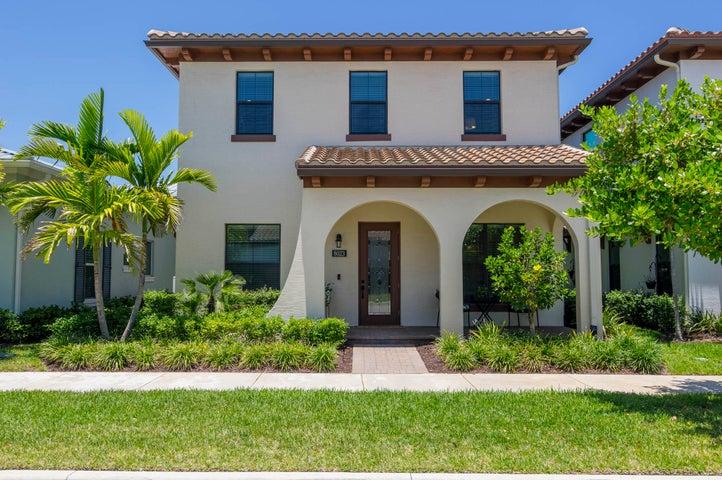 8023 Hobbes Way, Palm Beach Gardens, FL 33418