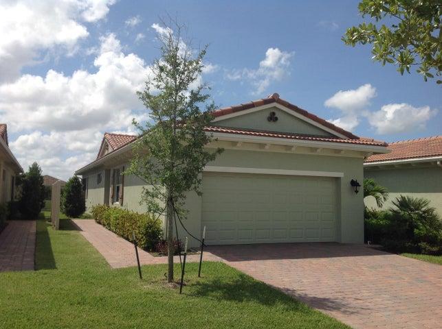 21029 SW Modena Way, Port Saint Lucie, FL 34986