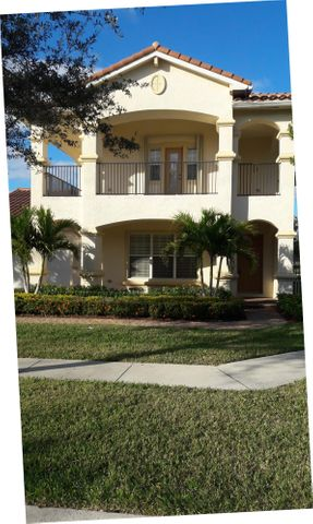 598 Cresta Circle, West Palm Beach, FL 33413