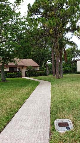 4927 Sable Pine Circle, F, West Palm Beach, FL 33417