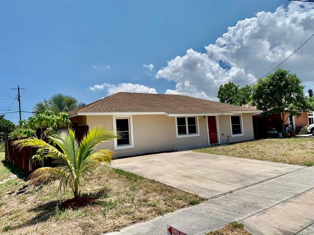 2800 Oswego Avenue, West Palm Beach, FL 33409