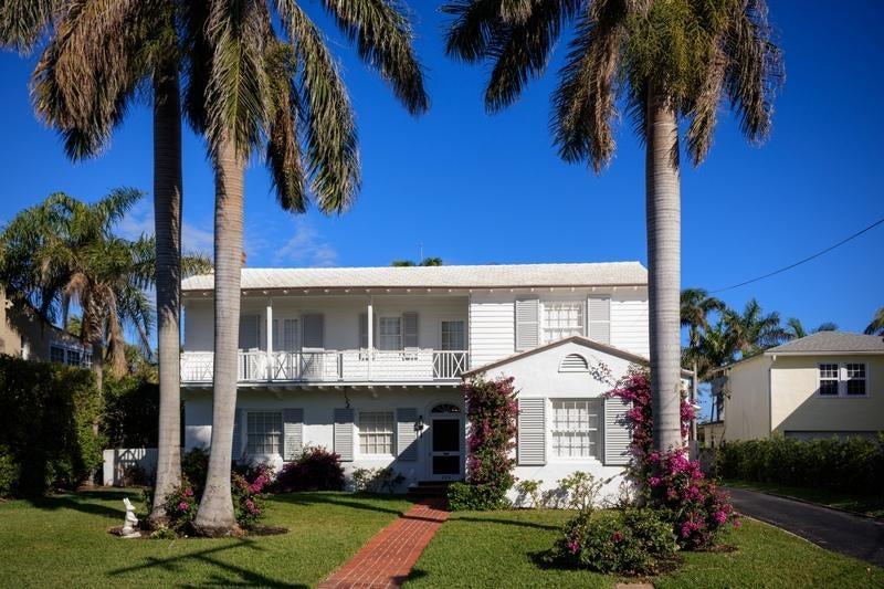 229 Pendleton Avenue, Palm Beach, FL 33480