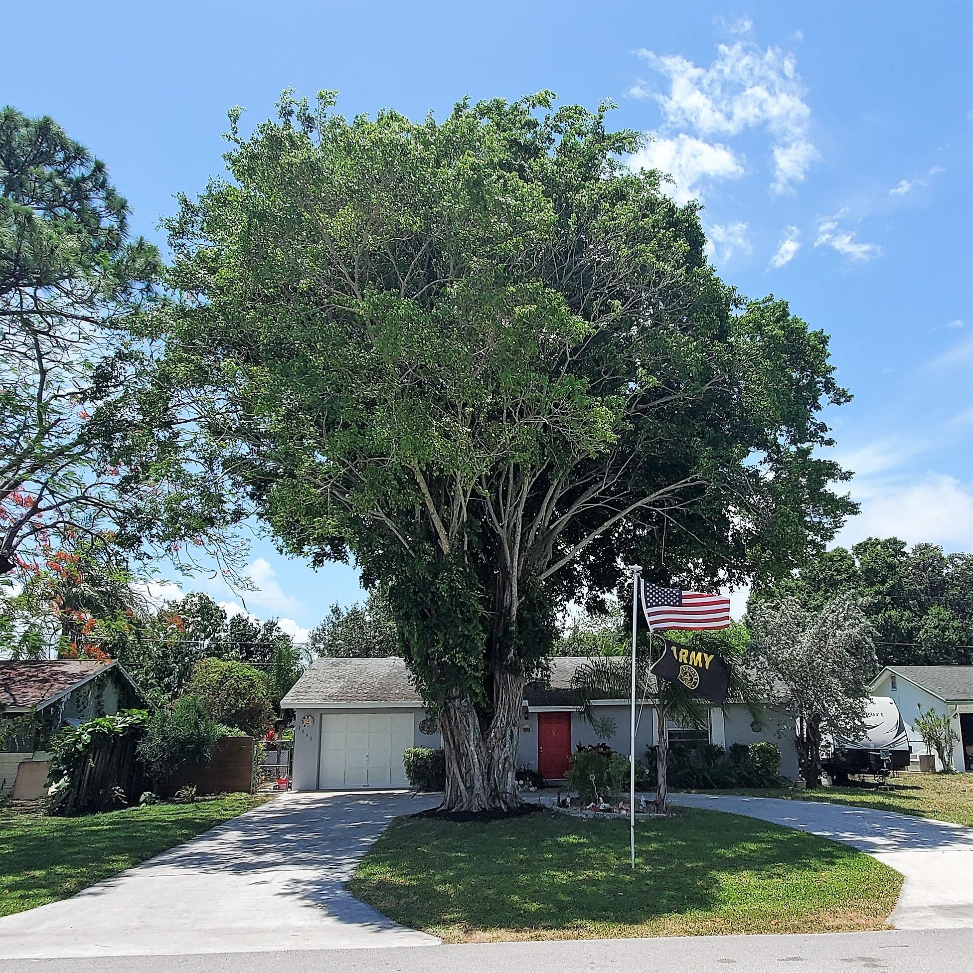 4842 Canal Drive, Lake Worth, FL 33463
