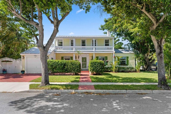 201 Nottingham Boulevard, West Palm Beach, FL 33405