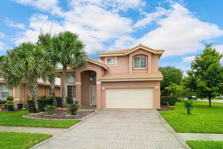 115 Sarona Circle, Royal Palm Beach, FL 33411
