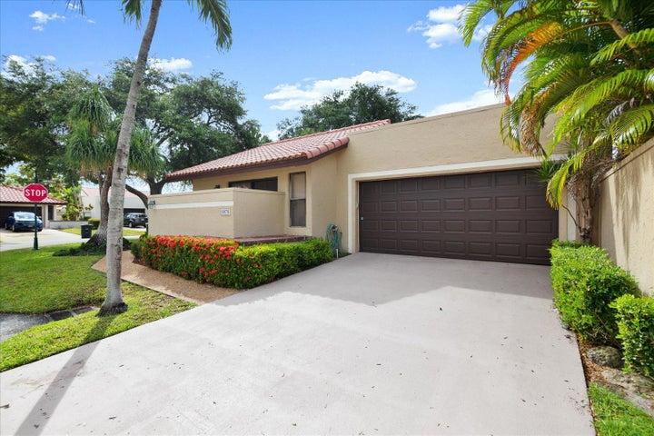 6876 Palmar Court, Boca Raton, FL 33433