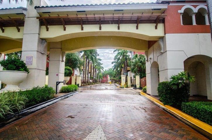 1203 Coastal Bay Boulevard, Boynton Beach, FL 33435