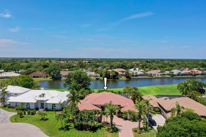 11 Sheldrake Lane, Palm Beach Gardens, FL 33418