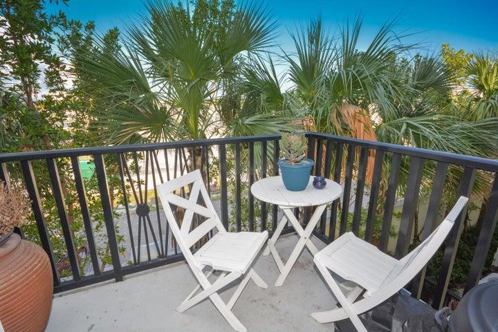 229 N Latitude Circle, Delray Beach, FL 33483