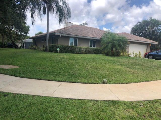 910 NW 7th Court, Delray Beach, FL 33445