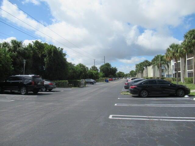 1109 Green Pine Boulevard, G3, West Palm Beach, FL 33409
