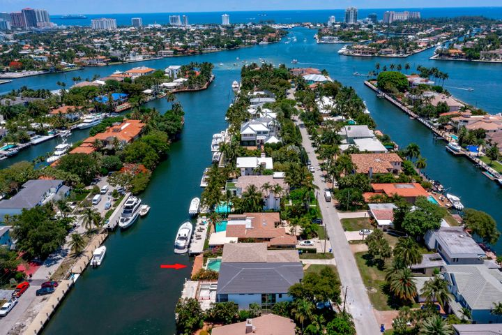 1749 SE 9th Street, Fort Lauderdale, FL 33316
