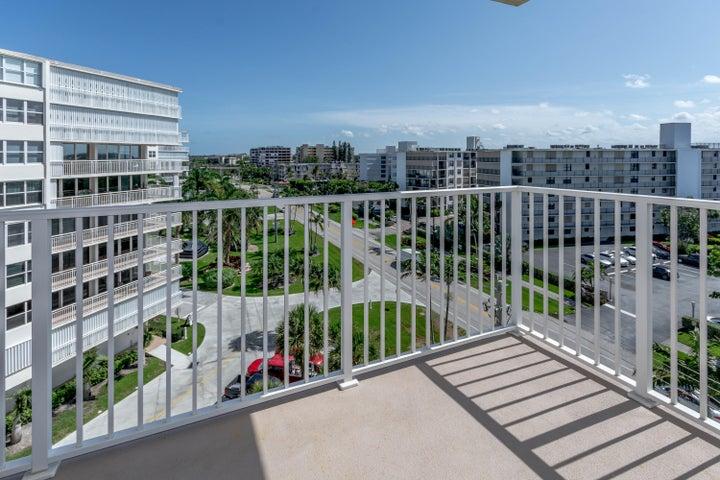 3540 S Ocean Boulevard, 711, South Palm Beach, FL 33480