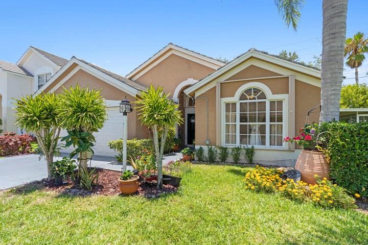 4371 Leicester Court, West Palm Beach, FL 33409