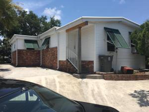 2911 Tangerine Lane, West Palm Beach, FL 33403