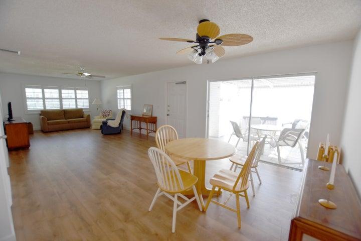 10105 42nd Terrace S, 127, Boynton Beach, FL 33436